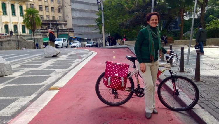 Suzana Nogueira (Foto: Daniel Guth/Folhapress)